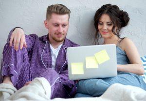 Die besten Adventskalender für Paare